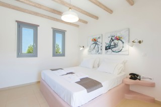 naxos-deluxe-double-rooms-01