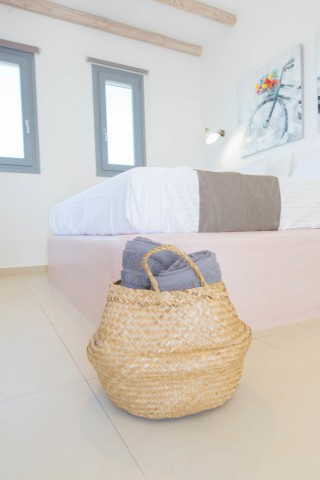 naxos-deluxe-double-rooms-17