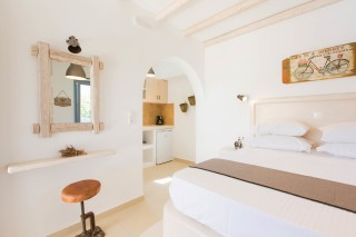 naxos-deluxe-double-rooms-20