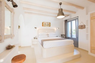 naxos-deluxe-double-rooms-21