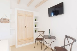 naxos-deluxe-double-rooms-24
