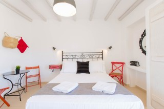 naxos-deluxe-double-rooms-26