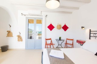 naxos-deluxe-double-rooms-29