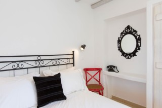 naxos-deluxe-double-rooms-32