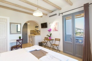 naxos-deluxe-double-rooms