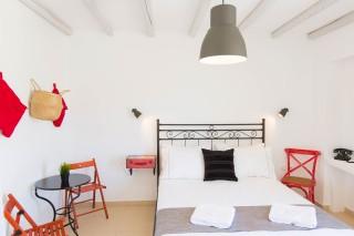 naxos-deluxe-double-rooms-34