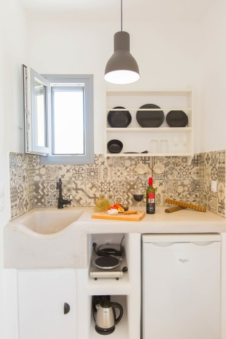 naxos-deluxe-double-rooms-38