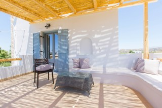 naxos-deluxe-double-rooms-46