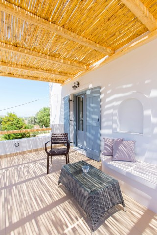 naxos-deluxe-double-rooms-47