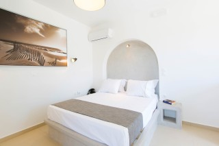 naxos-deluxe-double-rooms-49
