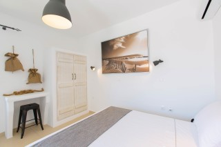naxos-deluxe-double-rooms-50