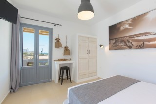 naxos-deluxe-double-rooms-51