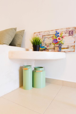 naxos-deluxe-triple-rooms-28